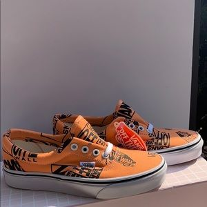 Vans orange off the wall print sneaker